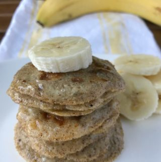These mini pancakes are bursting with the flavors of bananas and cinnamon! With only 4 ingredients this is a fast and simple snack or addition to your breakfast. Free of grain, gluten, dairy & refined sugar. These are Paleo & SCD legal.